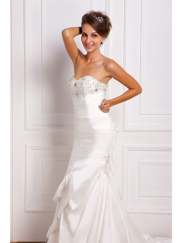 Gorgeous Trumpet/Mermaid Sweetheart Sleeveless Ruched Floor-Length Chapel Miriama's Wedding Dress